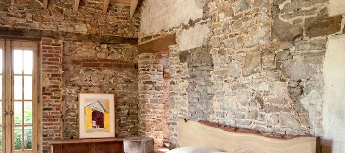 20 Inspirations d'intérieurs rustiques 20 Inspirations d'intérieurs rustiques Walls and stone rustic interior design bedroom 710x315