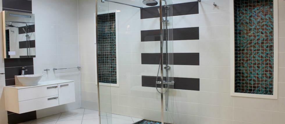 Douches à l'italienne - 1 Une douche à l'italienne Une douche à l'italienne Douches    litalienne 1