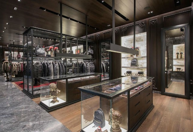 Gilles et Boissier La nouvelle boutique Moncler: une architecture de Gilles et Boisier Gilles Boissier Design Moncler the Wintry New Boutique at CityCenterDC 3 Easy Resize