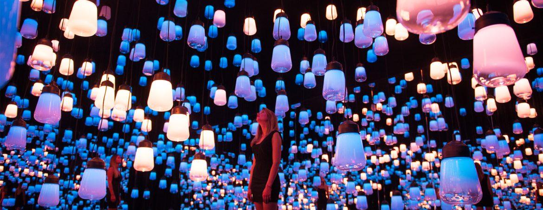 Maison et Objet 2018: Les Meilleurs Exposants en L'Exposition Influences teamlab forest of resonating lights maison et objet installation paris designboom 1800
