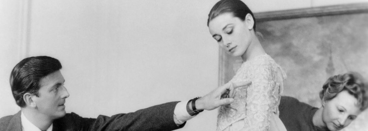 7 des Plus Grands Moments de Hubert de Givenchy et Audrey Hepburn hubert de givenchy e audrey hepburn givenchy blog anasuil