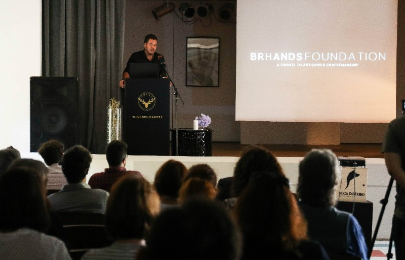 LA FONDATION BRHANDS OUVRE SES PORTES AUX ARTISANS ET DESIGNERS Brhands Foundation Opens Its Doors to Artisans and Designers 3 1