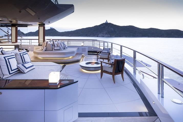 My Amadea Yacht par le Studio Sabrina Monte-Carlo My Amadea Yacht par le Studio Sabrina Monte Carlo 1