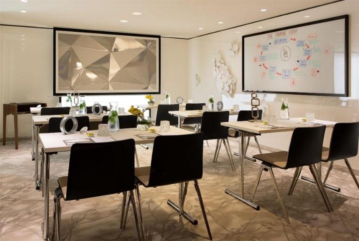 Rencontrez le dernier projet de Didier Gomez, l'hôtel Renaissance République à Paris! Rencontrez le dernier projet de Didier Gomez lh  tel Renaissance R  publique    Paris 4